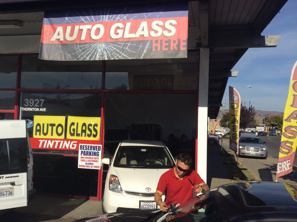 Auto glass shop in fremont ca with 5 star reviews for Goldstar motors salinas california